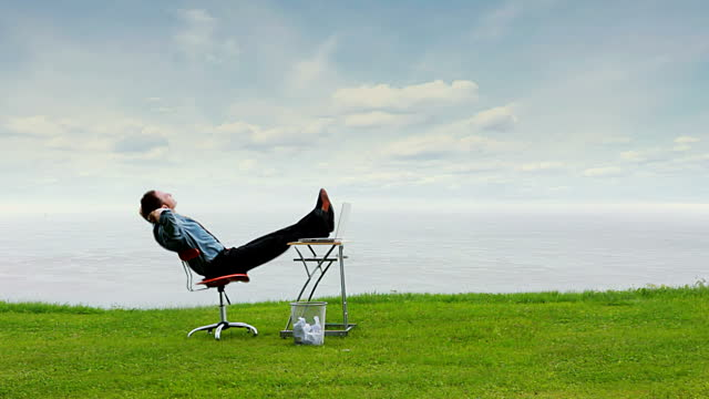 stock-video-18397410-relax-business-sky